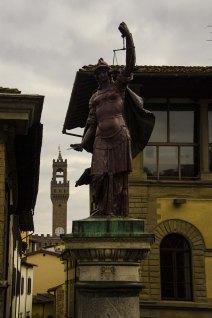 Restauro colonna della giustizia - Via Tornabuoni 1